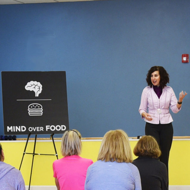 "<span class=""atmosphere-large-text"">01</span><span class=""intro"">Mind Over Food® ESSENTIALS Workshop</span>"